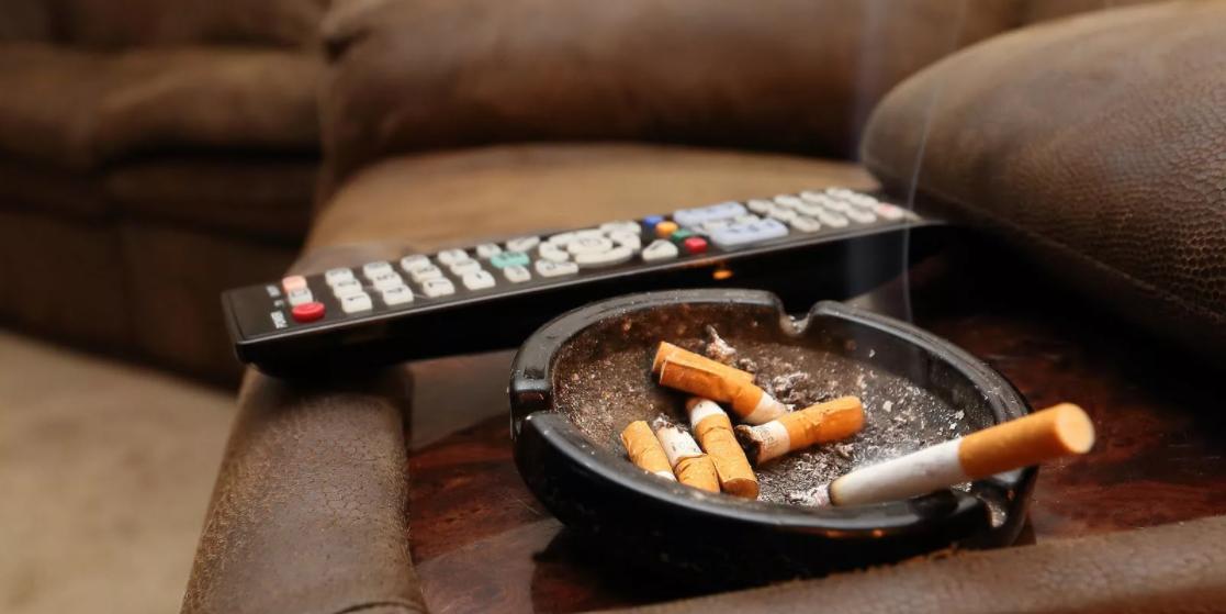 Пандемия и самоизоляция заставили людей курить больше