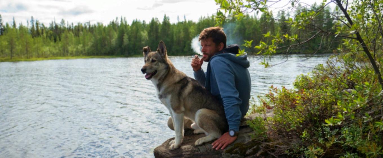 Кинолог рассказал, почему нельзя курить при собаке