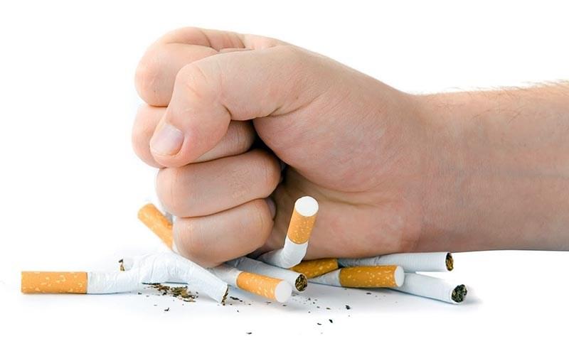 Забыть о сигаретах помогут морковь, вода и медитации