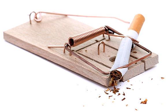 Курильщики чаще инфицируются и умирают от коронавируса
